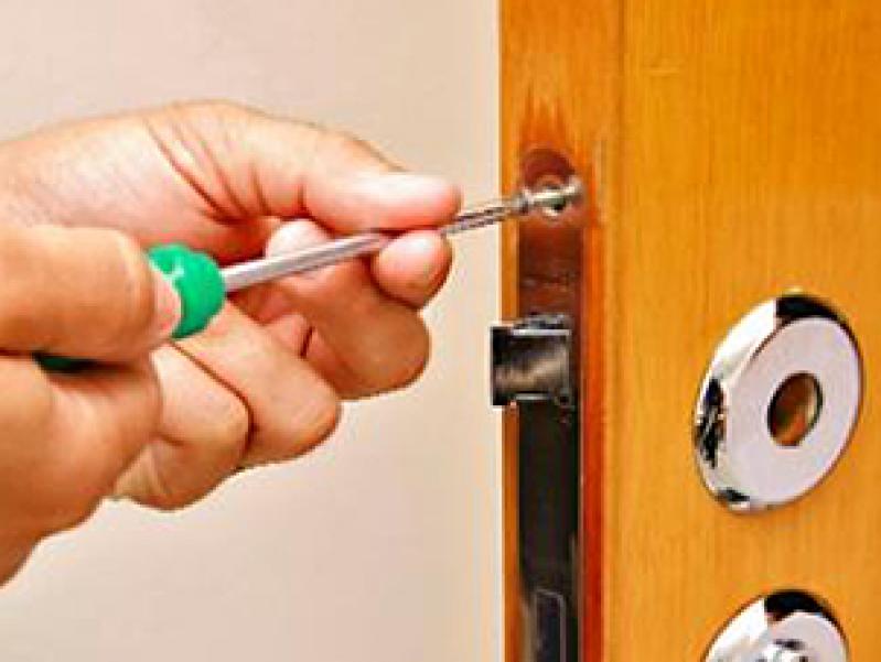 Quanto Custa Chaveiro 24 Horas para Casas em Jandira - Chaveiro 24 Horas para Casas