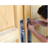onde encontrar serviço de chaveiro residencial 24 horas em Santana de Parnaíba